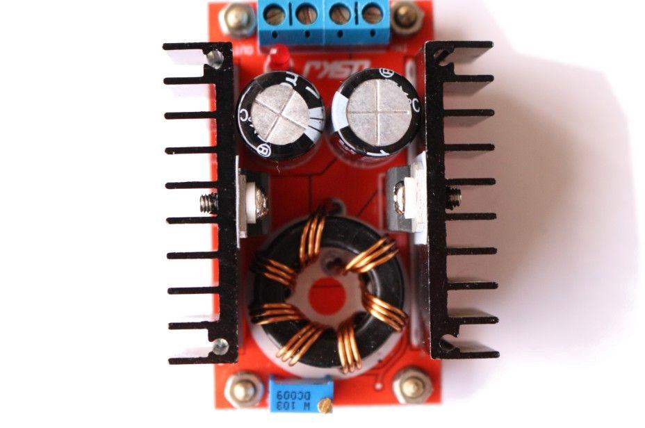 Spannungswandler High-Power Step-Up Modul 150W 12V-35V 6A